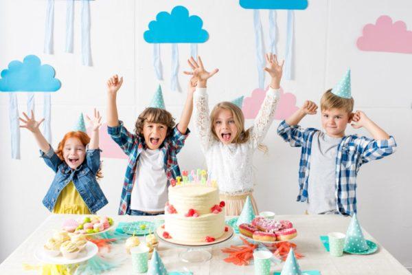 4 børn til børnefødselsdag